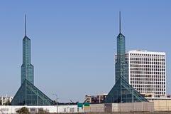 Centro de convención de Portland de las torres Foto de archivo