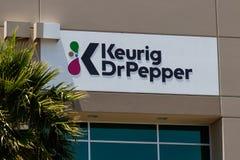 Centro de distribución del Dr. Pepper de Keurig, fabricantes de las bebidas de Keurig, del Dr. Pepper Snapple y del Bai II foto de archivo