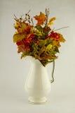 Centro de flores del otoño fotografía de archivo