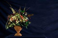 Centro de flores Potted Imágenes de archivo libres de regalías