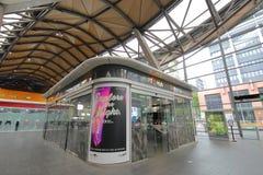 Centro de información del eje del transporte público Melbourne Australia foto de archivo
