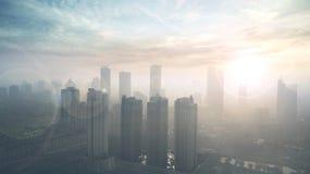 Centro de la ciudad con la luz de la puesta del sol Imágenes de archivo libres de regalías
