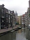 Centro de la ciudad de Amsterdam Imagen de archivo libre de regalías