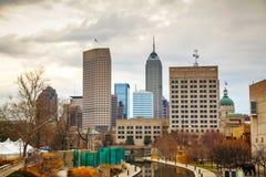 Centro de la ciudad de Indianapolis imagenes de archivo