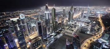 Centro de la ciudad de la ciudad de Dubai Fotos de archivo libres de regalías