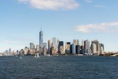 Centro de la ciudad de Nueva York sobre el río Hudson Imágenes de archivo libres de regalías