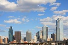 Centro de la ciudad del horizonte de Dallas Foto de archivo