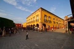 Centro de la ciudad en San Miguel de Allende fotografía de archivo libre de regalías