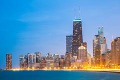 Centro de la ciudad y el lago Michigan de Chicago fotografía de archivo