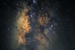 Centro de la galaxia de la vía láctea con las estrellas y el polvo del espacio en el universo fotos de archivo libres de regalías