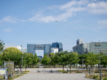 Centro de las telecomunicaciones, Odaiba, Tokio, Japón imagen de archivo