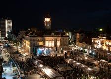 Centro de Novi Sad en la noche Imagen de archivo libre de regalías