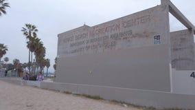 Centro de ocio de Venice Beach - Los Angeles, los E.E.U.U. - 1 de abril de 2019 almacen de video