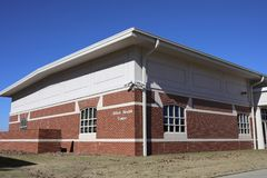 Centro de salud aliado en el Mediados de-sur de ASU, Memphis del oeste, Arkansas imágenes de archivo libres de regalías