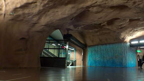 Centro de Sundbybergs Estación de metro Arte en el subterráneo Estocolmo suecia metrajes
