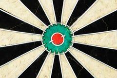 Centro de una vieja tarjeta de dardo. Imagen de archivo libre de regalías