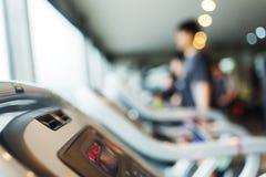 Centro del club di sport di allenamento di esercizio della palestra di forma fisica Fotografia Stock Libera da Diritti