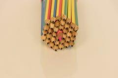 Centro dell'inserzione della matita di colore della matita del pacco Immagine Stock