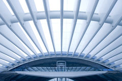 Centro di affari della costruzione moderna di architettura fotografia stock libera da diritti