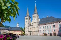 Centro di Berchtesgaden con la cattedrale, Baviera, Germania Fotografia Stock Libera da Diritti