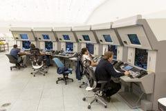 Centro di controllo di autorità di servizi del traffico aereo fotografia stock