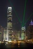 Centro di finanze internazionali di Hong Kong con il laser Fotografie Stock Libere da Diritti