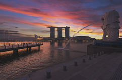 Centro di Singapore con Merlion Fotografia Stock Libera da Diritti