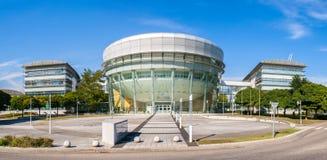 Centro di tecnologia Palo api Fotografia Stock Libera da Diritti
