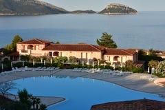 Centro di villeggiatura tipico di architettura sulla Sardegna Fotografia Stock