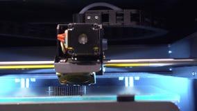 Centro digital da exposição do processo da operação do robô video estoque