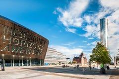 Centro do milênio de Cardiff na baía de Cardiff, Cardiff, Gales Fotos de Stock