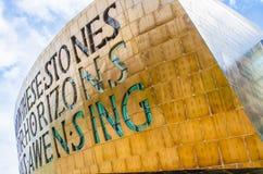 Centro do milênio de Gales, baía de Cardiff Foto de Stock