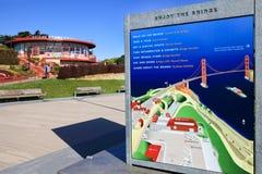 Centro e mappa dell'ospite di golden gate bridge Fotografie Stock