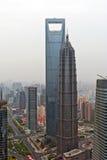 Centro financeiro de mundo de Shanghai e torre de Jin Mao. Foto de Stock