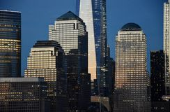 Centro financiero de mundo en Manhattan Imagen de archivo libre de regalías