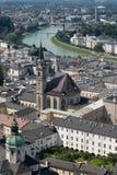 Centro histórico da opinião de Salzburg da cidade Imagens de Stock