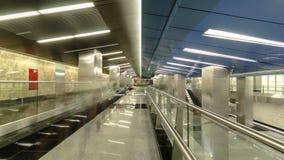 Centro moderno de Delovoy da estação de metro, negócio filme