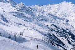 Centro Obergurgl-Hochgurgl dello sci nelle alpi di Otztal, Austria Fotografia Stock
