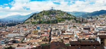 Centro storico di vecchia città Quito Fotografie Stock