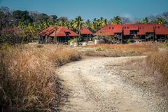 Centro turístico abandonado en la isla de Contadora imágenes de archivo libres de regalías