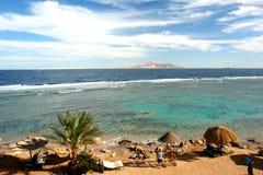 Centro turístico africano en la costa Imagenes de archivo