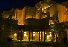 Centro turístico al sudoeste en la noche fotos de archivo