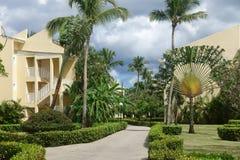 Centro turístico con paisaje tropical imágenes de archivo libres de regalías