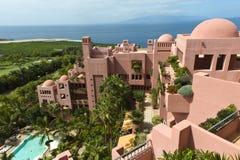 Centro turístico de Abama en Tenerife y el océano Fotos de archivo libres de regalías