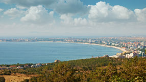 Centro turístico de día de fiesta asoleado de la playa Imagen de archivo libre de regalías