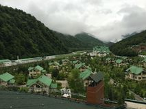 Centro turístico de Krasnaya Polyana imágenes de archivo libres de regalías