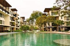 Centro turístico de la piscina Imágenes de archivo libres de regalías
