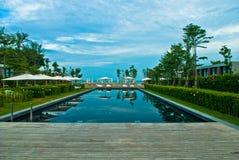 Centro turístico de la piscina del viaje Imagen de archivo libre de regalías