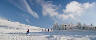 Centro turístico de montaña del esquí Fotos de archivo libres de regalías