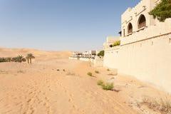 Centro turístico del desierto en el emirato de Abu Dhabi Imagen de archivo